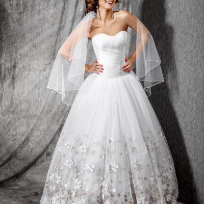 Красивое пышное свадебное платье напрокат в минске, купить свадебное платье пышного фасона, пошив свадебных платьев в свадебном салоне минска