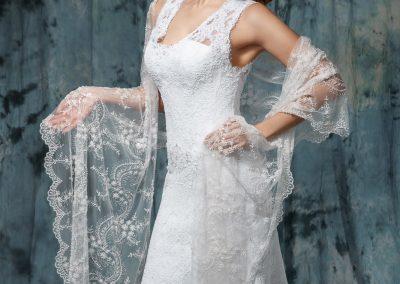 Кружевная шаль для венчания