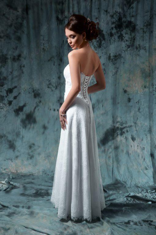 Кружевное свадебное платье силуэта Ампир прокат Минск