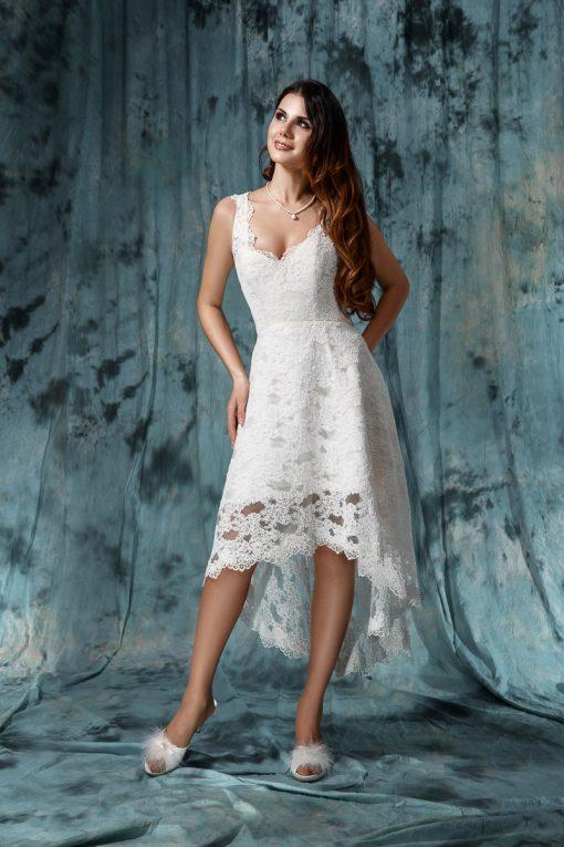 Короткое кружевное свадебное платье 46 размера прокат пошив в Минске