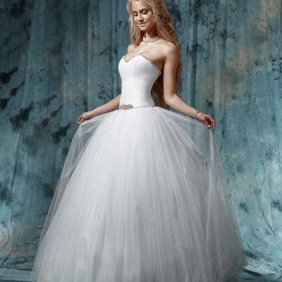Пышное свадебное платье Золушка напрокат в Минске