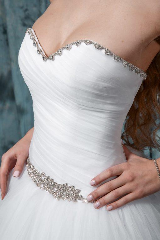 Пышное свадебное платье со стразами купить напрокат индивидуальный пошив в Минске