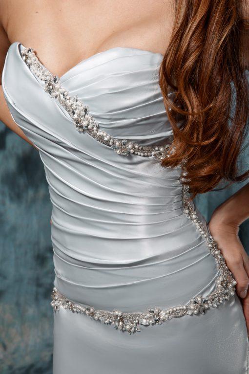 Серое свадебное платье со шлейфом, расшитое кристаллами Swarovski купить в Минске