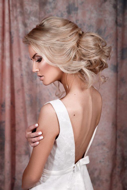 Белое Свадебное платье с открытой спинкой заказать пошив прокат Минск романтичное свадебное платье в минске