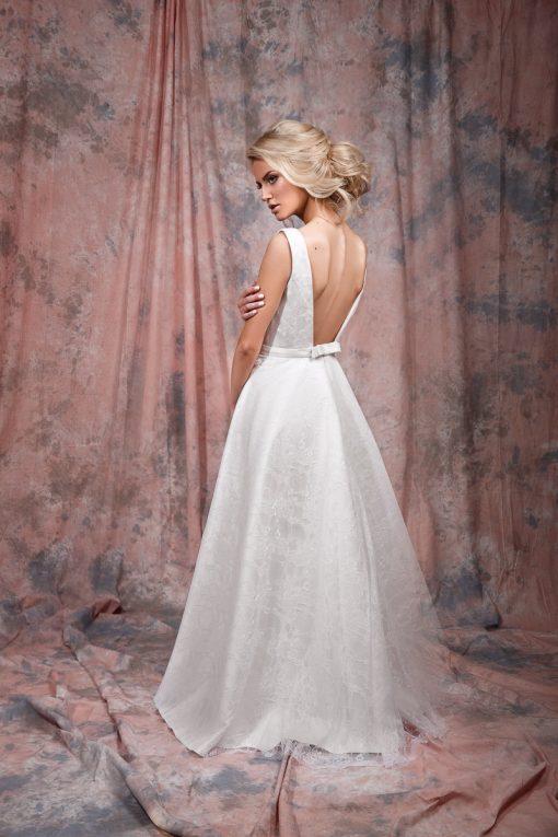 Кружевное свадебное платье с открытой спинкой купить в Минске