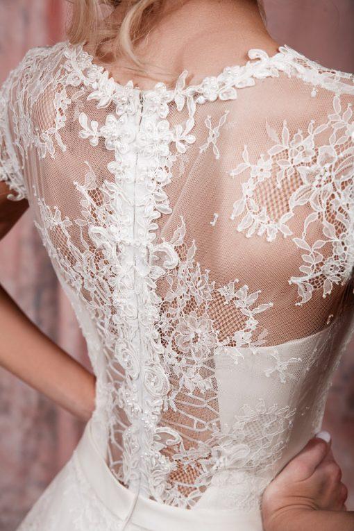 Нежное свадебное платье с рукавчиками кружевное купить в Минске