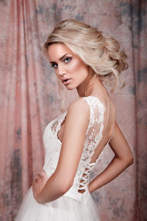 Свадебное платье цвета айвори с открытой спинкой заказать в Минске