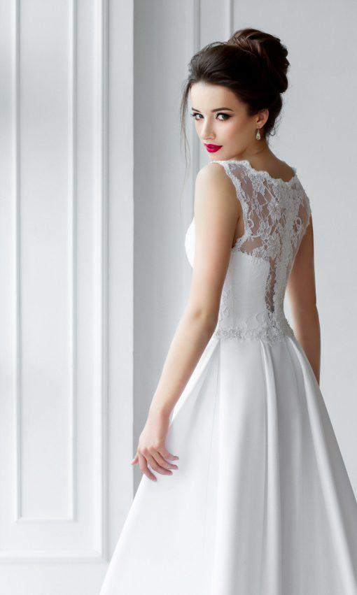Пышное свадебное платье с атласной юбкой в прокат в Минске купить