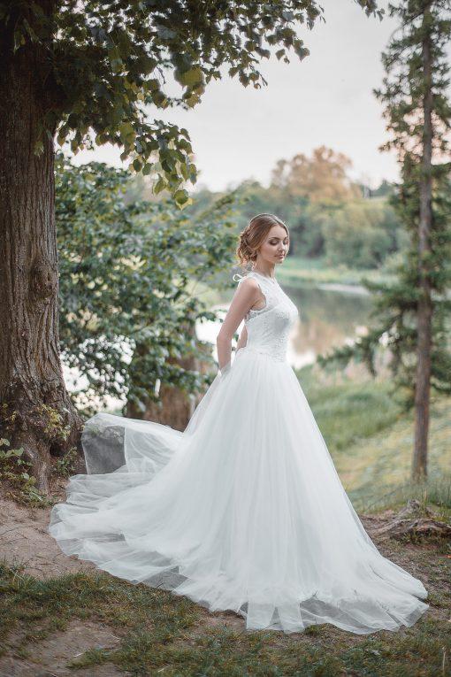 Белое кружевное пышное свадебное платье пошив Минск