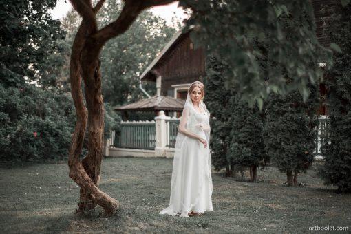 Свадебное платье греческого силуэта с кружевной майкой напрокат в Минске